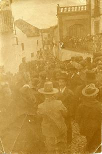 Foto de grupo en la calle